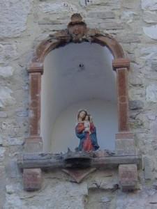 A religious niche along our walk