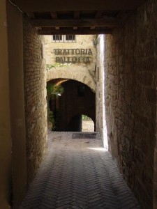 Entry to Trattoria Pallotta