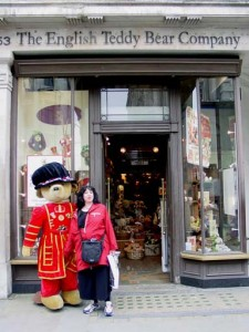 Aviva in front of the English Teddy Bear Company