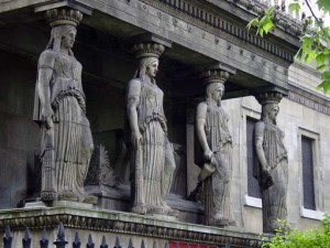 The maidens form columns in the most obvious copy of the Erechtheoin