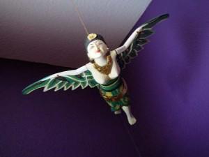 FlyingWoman