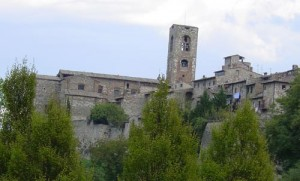 The corner wall of Colle di Val d'Elsa