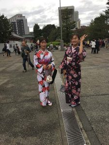 2 girls in kimono - they asked us to take their picture